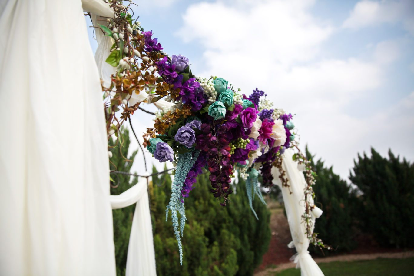 Mexican wedding traditions pinata